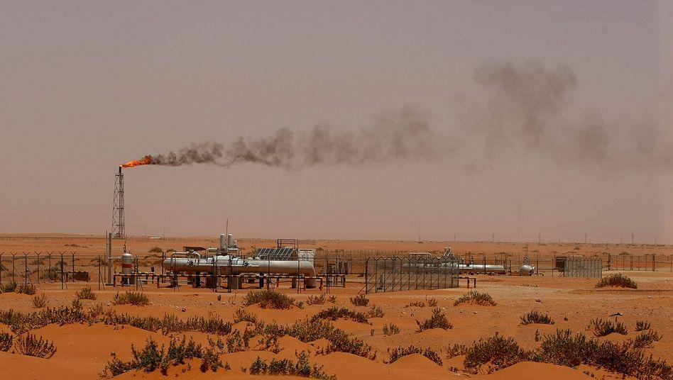 Ölfeld in Saudi-Arabien: Einnahmen sanken um 42 Prozent im Vergleich zum Vorjahr