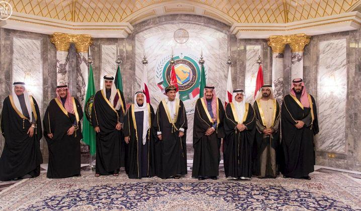 Vertreter Saudi-Arabiens mit Gästen beim Golf-Kooperationsrat in Riad: Gemeinsam das Übel bekämpfen