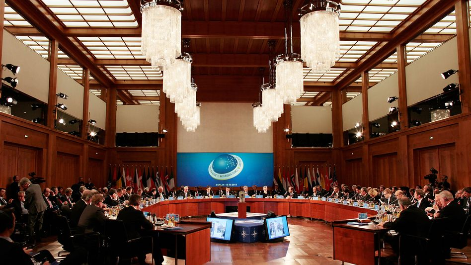 The NATO foreign minister conference in Berlin on April 15: The alliance has seldom in its history seen the lack of unity it is currently experiencing.