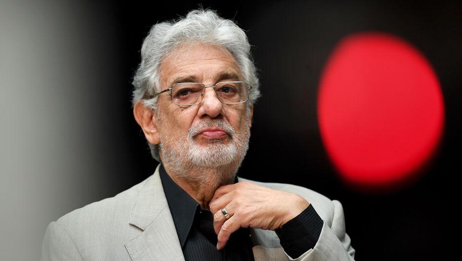 Plácido Domingo stritt die Vorwürfe zunächst ab