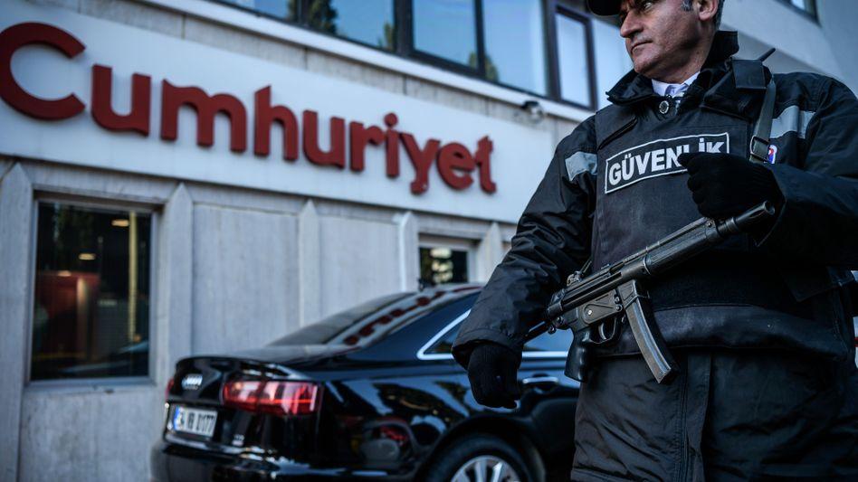 """""""Cumhuriyet""""-Redaktion"""
