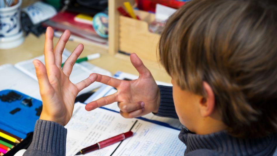Kultusminister schätzen den künftigen Lehrerbedarf: Überangebot an Gymnasiallehrern