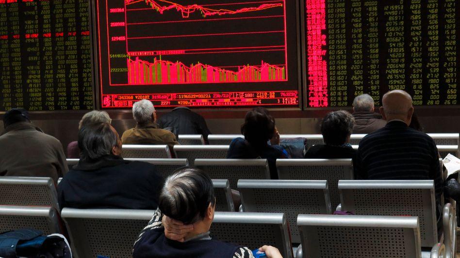 Kursanzeige in Peking: Globale Fluktuationen zu erwarten