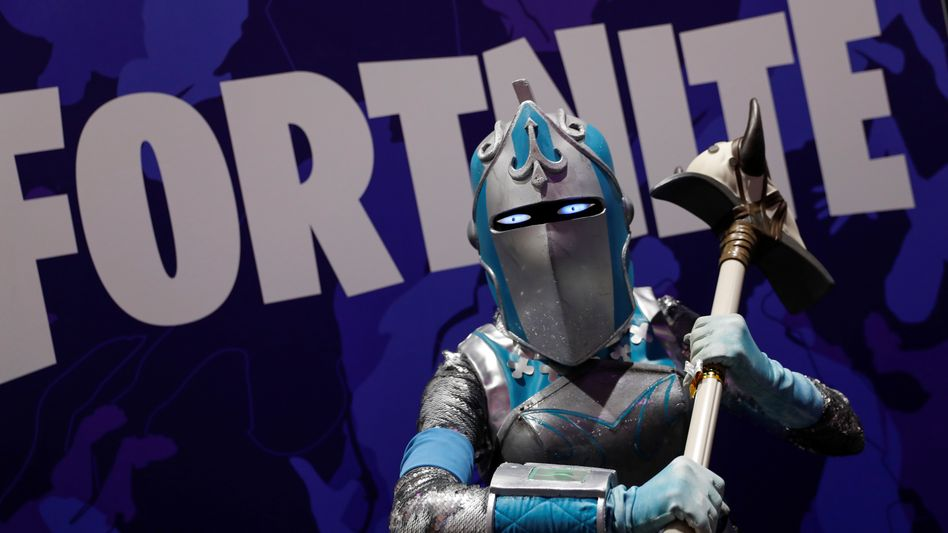 """Kostümierter """"Fortnite""""-Spieler auf der Comic Con ins San Diego 2019"""