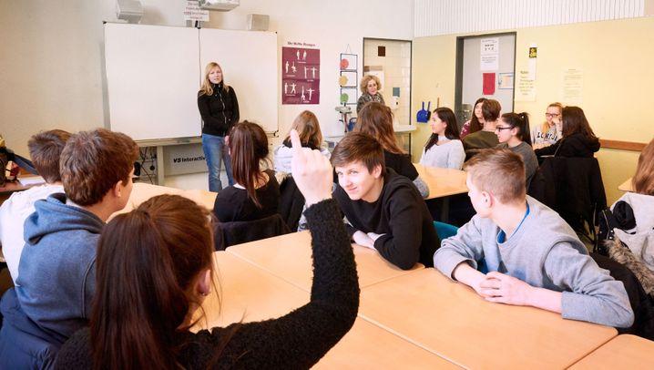 """Schüler über Anja Karliczek: """"Ich denke, dass sie eine gute Ministerin wird"""""""