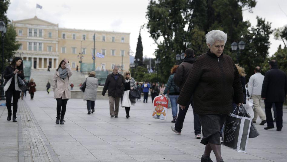 Vor Ende April werden keine Entscheidungen über Staatshilfen für Griechenland erwartet: Syntagma Platz in Athen