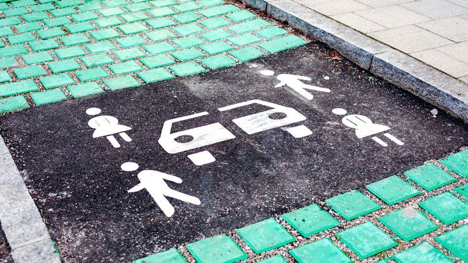 Carsharing-Parkplatz in München: Autoteilen liegt im Trend