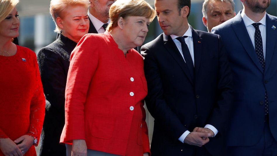 Kanzlerin Merkel, Frankreichs Präsident Macron