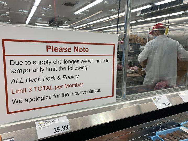 Verkaufsbeschränkungen in Costco-Großmarkt in Kalifornien: höchstens drei Fleischportionen für jeden Kunden