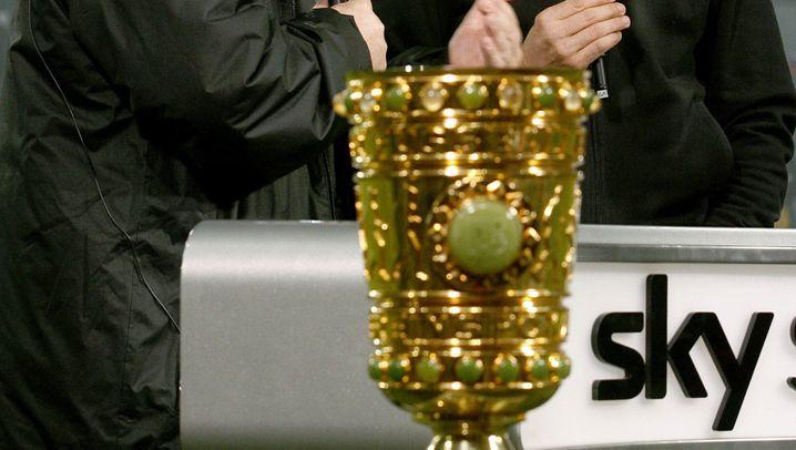 Pokalhalbfinale Duisburg vs. Cottbus: Per Doppelkopf zum Führungstor