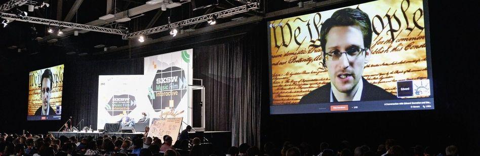 Whistleblower Snowden in einer Videokonferenz