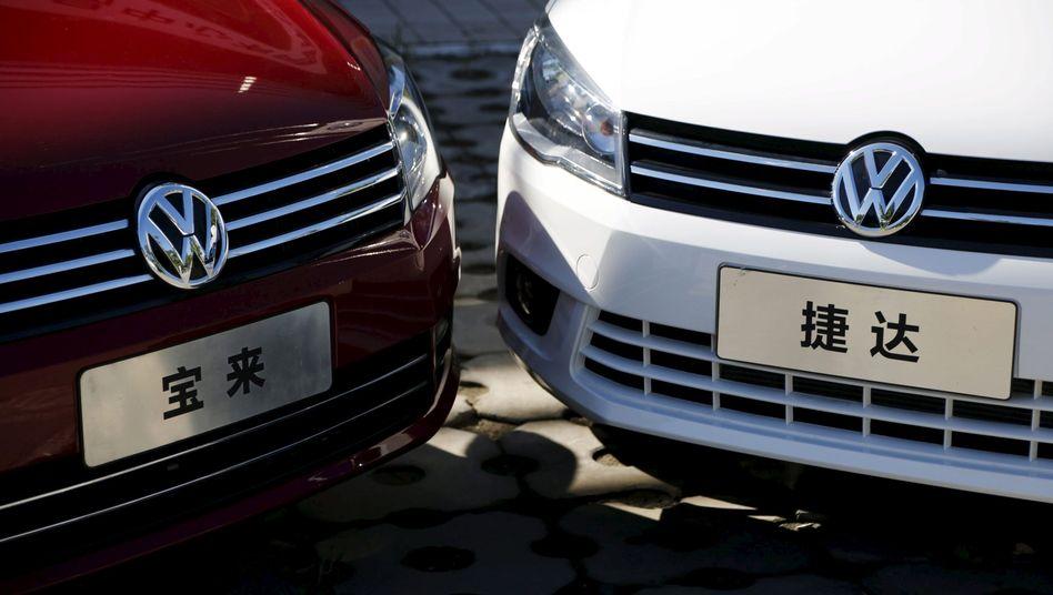 Volkswagen-Modelle bei Händler in Peking: Chinesische Behörden reagieren