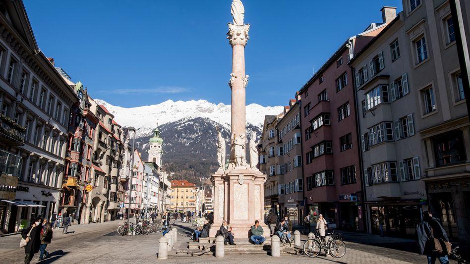 Tiroler Hauptstadt Innsbruck: Wer aus dem österreichischen Bundesland ausreisen will, benötigt künftig einen negativen Coronatest