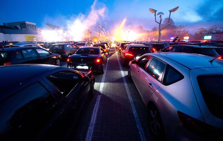 Drive-in-Party vor dem »Index« in Schüttauf 2020: »Der Aufwand ist immens«