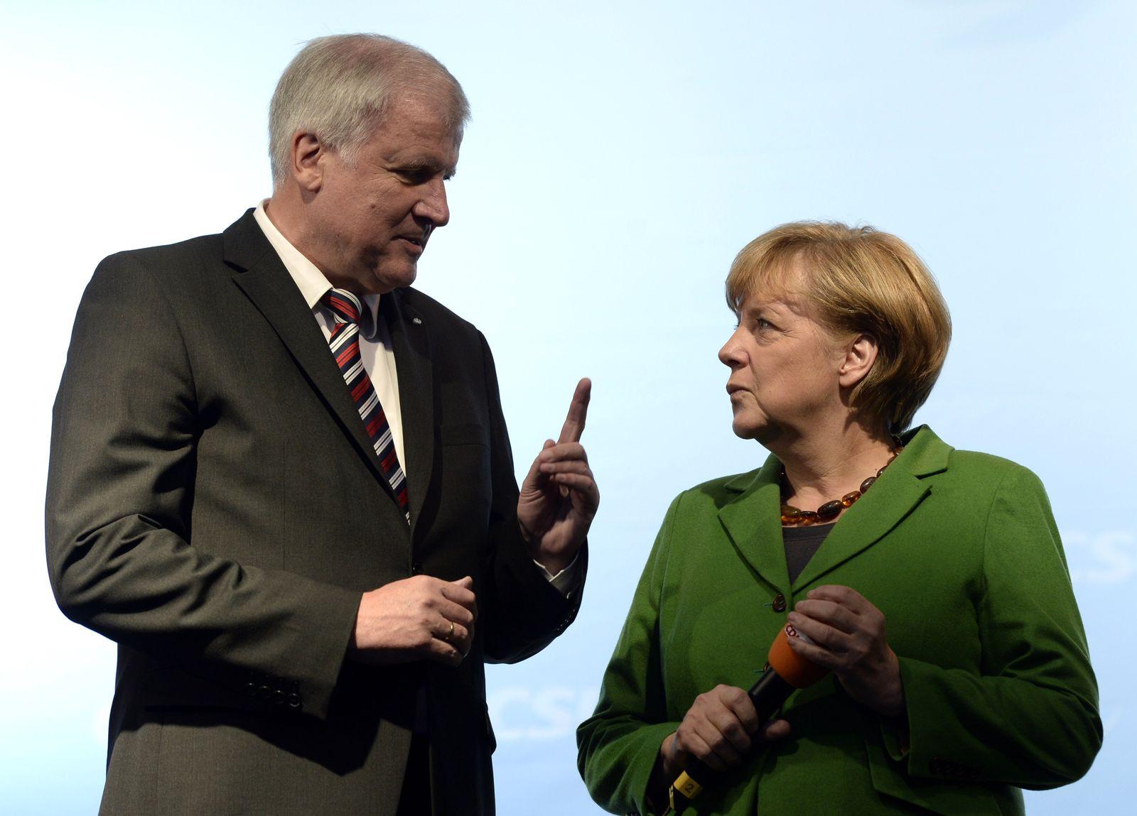 Seehofer / Merkel