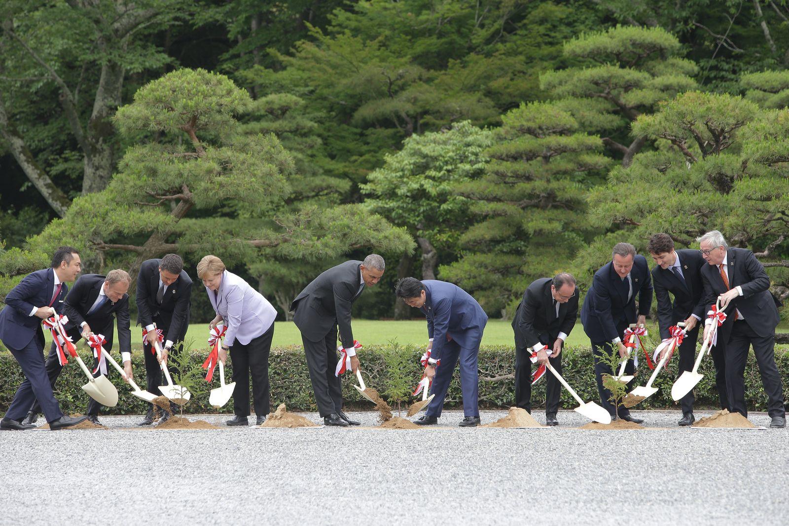 G7 Japan 2016 Ise-Shima - Day 1