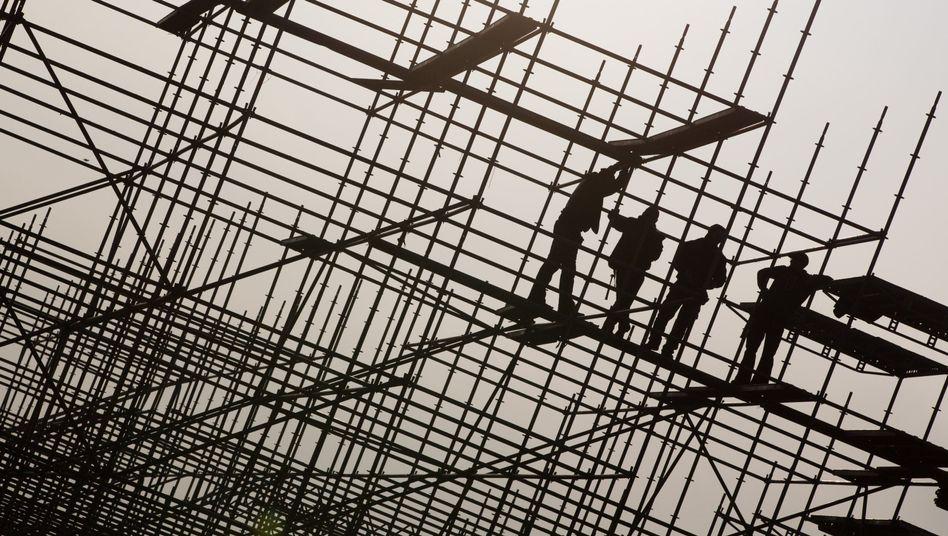Beschäftigte im Gerüstbau