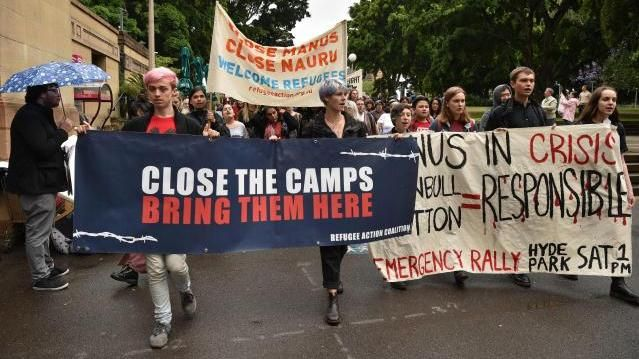 """Demonstration in Sydney: """"Schließt die Lager"""""""