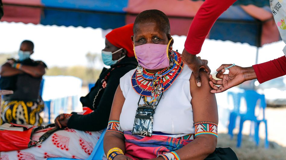 Vaccination in Kenya: Africa will need lots of international help to catch up