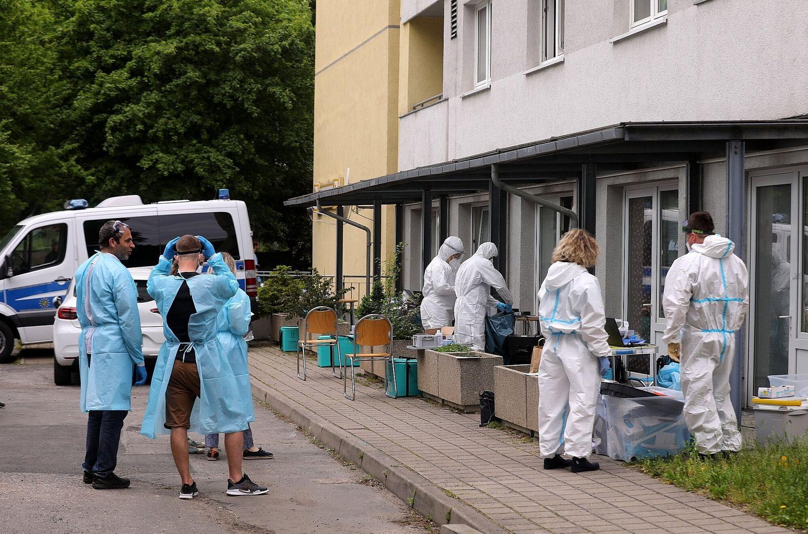 Coronavirus - Hochhaus in Dresden unter Quarantäne