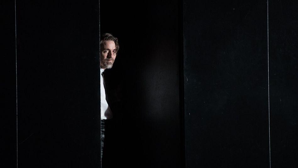 """Jens Harzer in """"Der Schimmelreiter"""" (2016)"""