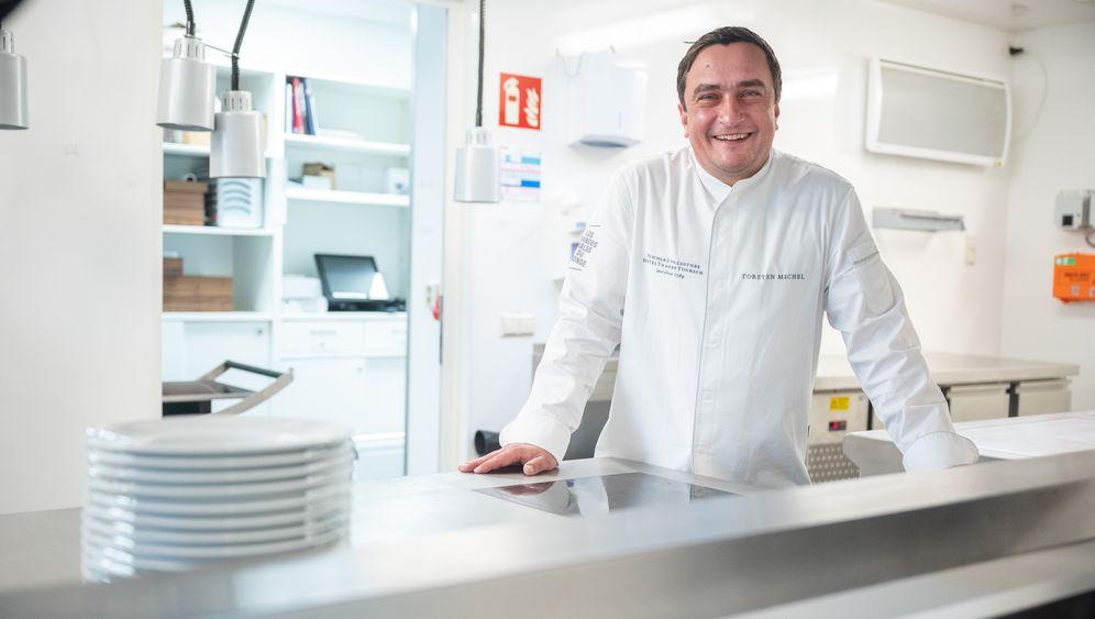 Küchenchef Torsten Michel: Drei Sterne für das Interims-Restaurant »Temporaire – Schwarzwaldstube«