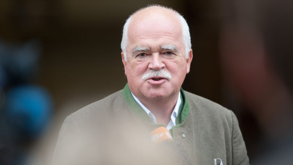 CSU-Politiker Gauweiler (Archivbild): Antwort aus seiner Anwaltskanzlei