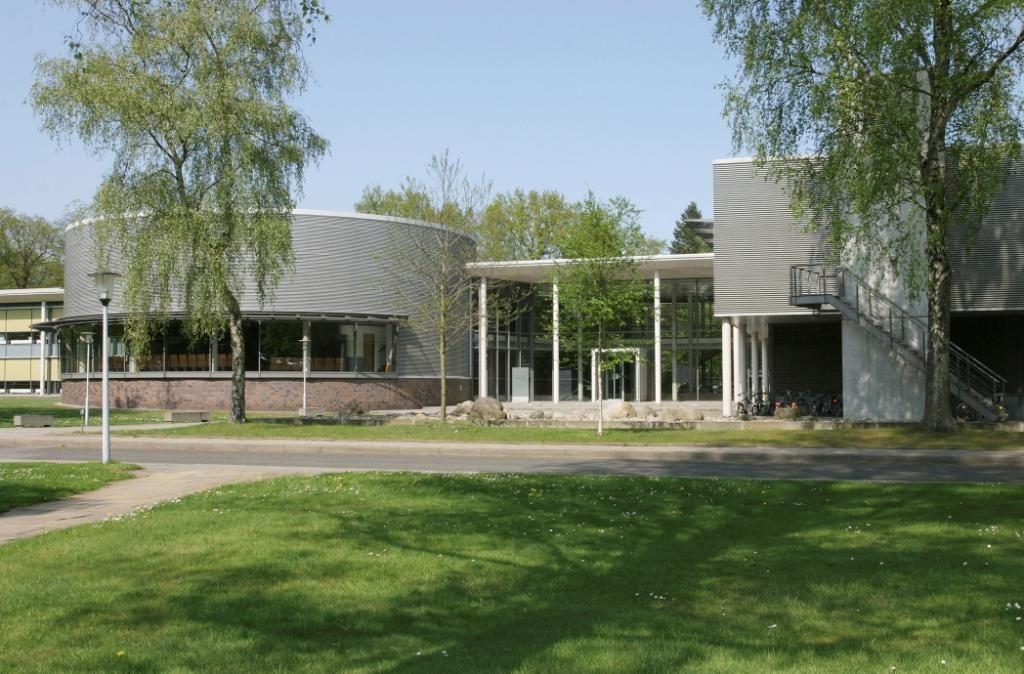 EINMALIGE VERWENDUNG Führungsakademie Hamburg / Manfred-Wörner-Zentrum