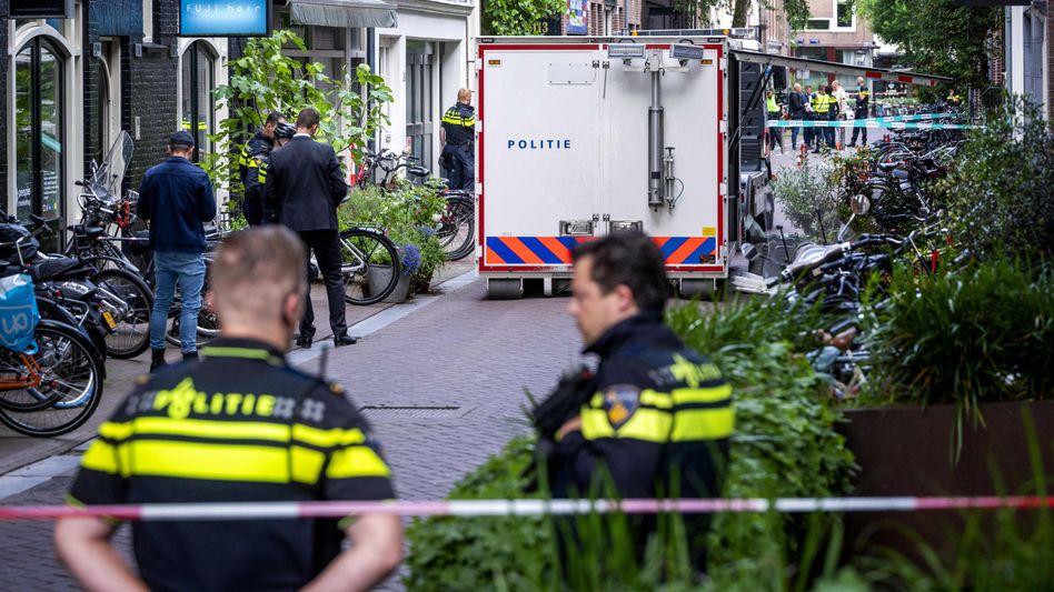 Polizeieinsatz am Tatort in Amsterdam