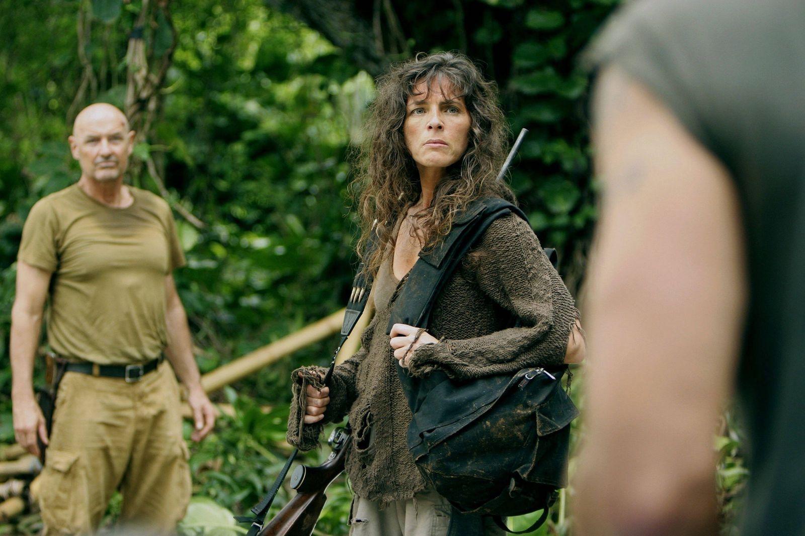 Terry O Quinn & Mira Furlan Television: Lost : Season 1 (TV-SERIE) Usa 2004-2010, 22 September 2004 PUBLICATIONxINxGERxS