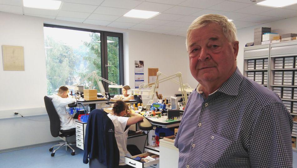 """Unternehmer Hans-Jürgen Mühle: """"Vor der Wende hätte ich nie gedacht, dass ich je wieder ein privates Unternehmen führen würde"""","""