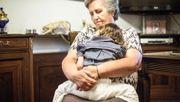Von der eigenen Oma zur Welt gebracht