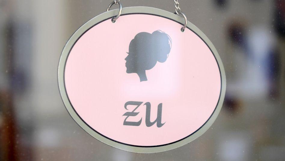 Ein Friseursalon in München während des Shutdowns