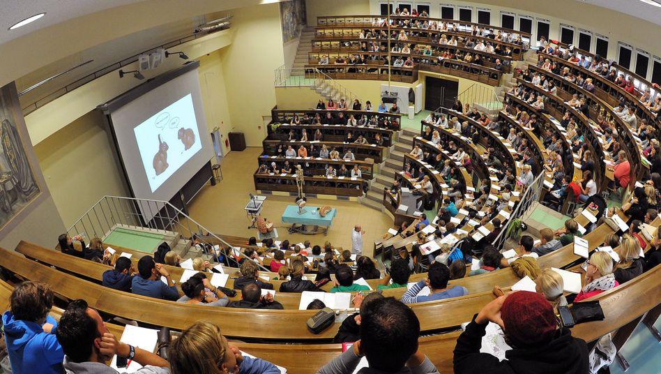 Hörsaal der Uni Leipzig: Die Grundordnung der Uni ist künftig weiblich