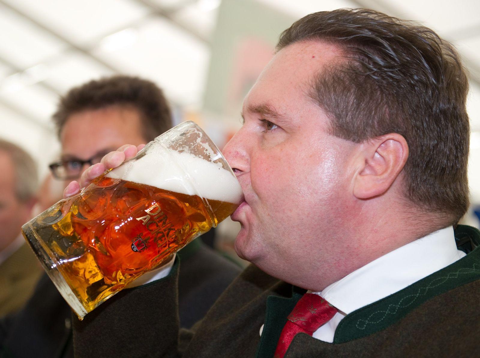 Mappus mit >Bier