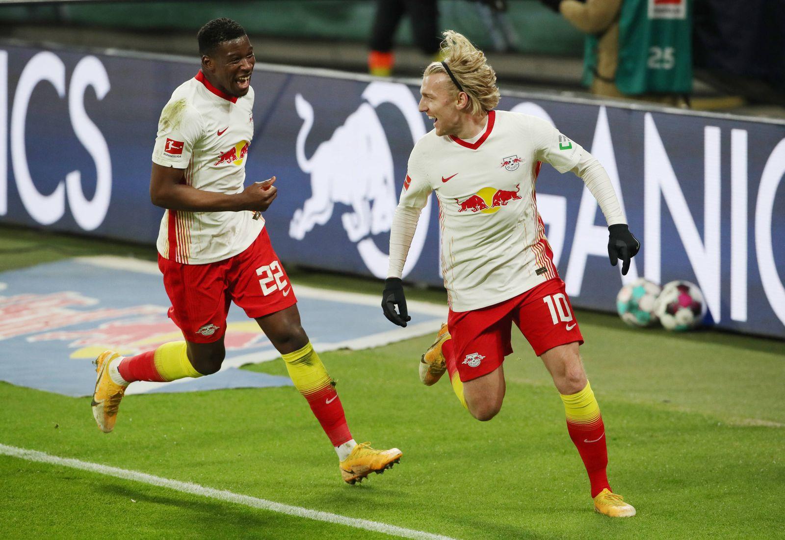 Nordi Mukiele, Emil Forsberg 1:0 / Freude / Emotion / jubelnd / Jubel nach 1:0 / / Fußball Fussball / DFL Bundesliga He