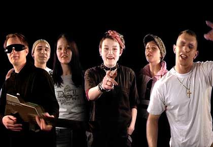 """Musiker Dresselhaus (l.) mit """"Release""""-Gruppe: """"Es war beeindruckend, wie ehrlich die mit sich selbst sind"""""""