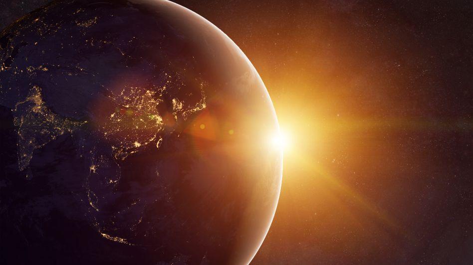 Die von Treibhausgasen aufgefangene und zur Erdoberfläche zurückgestrahlte Wärme entfacht auf der Erde eine gigantische Heizung - ihre Leistung entspricht mehr als dem Fünfzigfachen des Energieverbrauchs der gesamten Menschheit