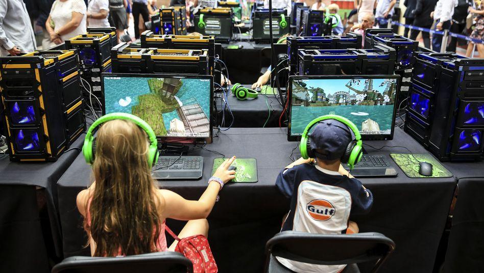 """Kinder beim """"Minecraft""""-Spielen: Weltenbauen ohne Zwang"""