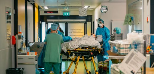 Coronavirus: So erging es den ersten 50 Covid-19-Patienten in der Uniklinik Aachen