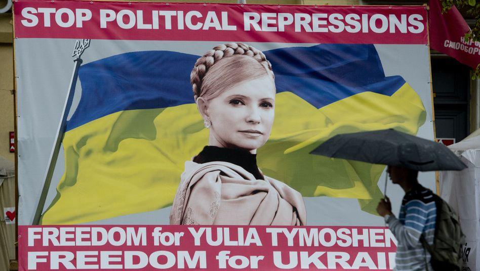 Unterstützer-Plakat für Julija Timoschenko: Welle der Empörung ist verebbt