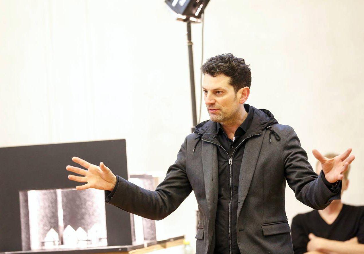 Aron Stiehl
