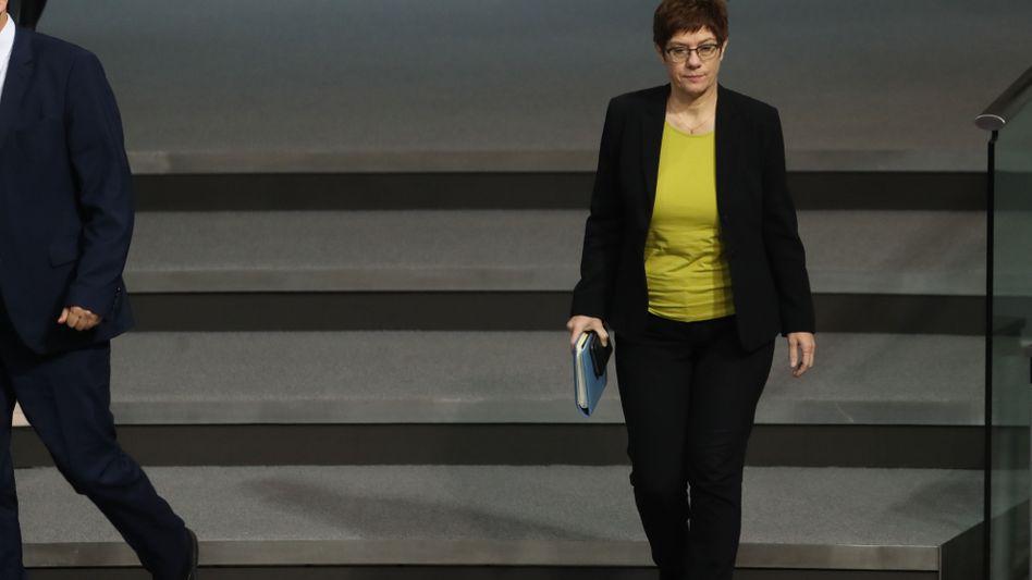 Annegret Kramp-Karrenbauers Ministerium entschuldigte sich in aller Form für den Instagram-Post