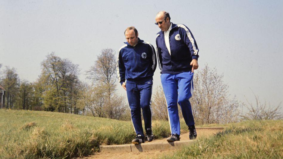 Seeler und Bundestrainer Schön