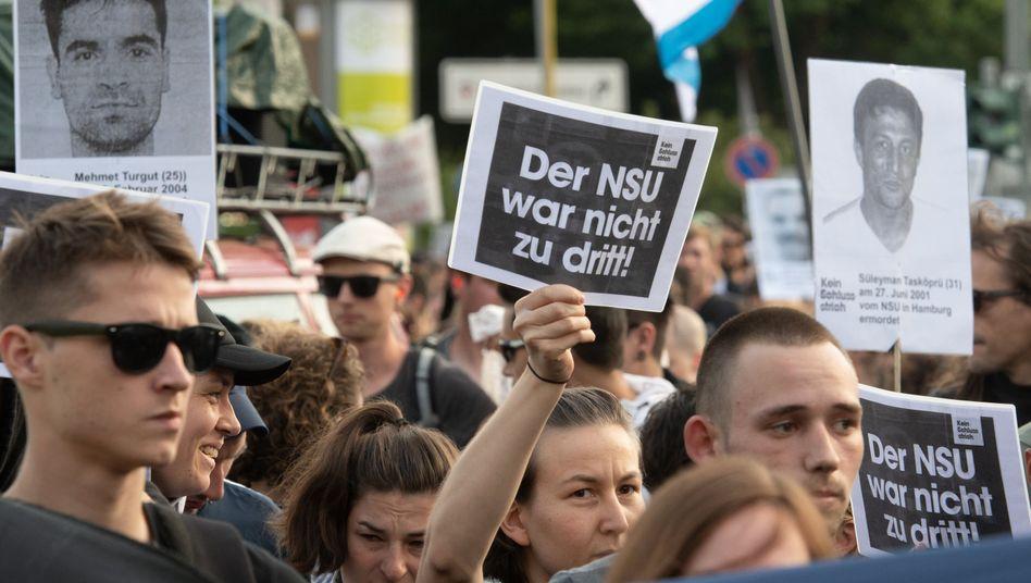 Demonstration nach NSU-Urteilen in Berlin