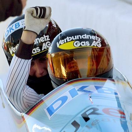 Bob Germany 2 mit Kiriasis (v.) und Logsch: Mehr als zwei Sekunden Vorsprung