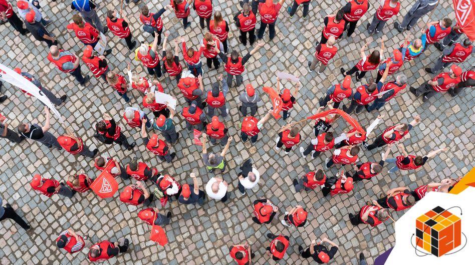 IG-Metall Demonstration in Dresden: Die Sehnsucht nach Arbeitsplatzsicherheit macht Gewerkschaften auch für Jüngere attraktiv
