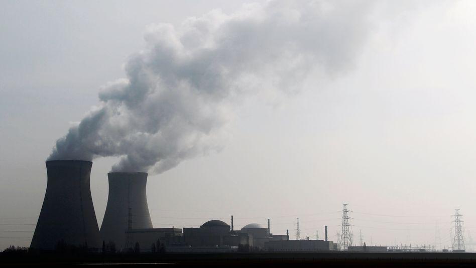 Atomkraftwerk Doel (Archiv) in Belgien: Unbemannte Fluggeräte gesichtet