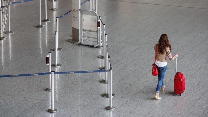Bundesweiter Streik: Lufthansa-Flugzeuge bleiben am Boden