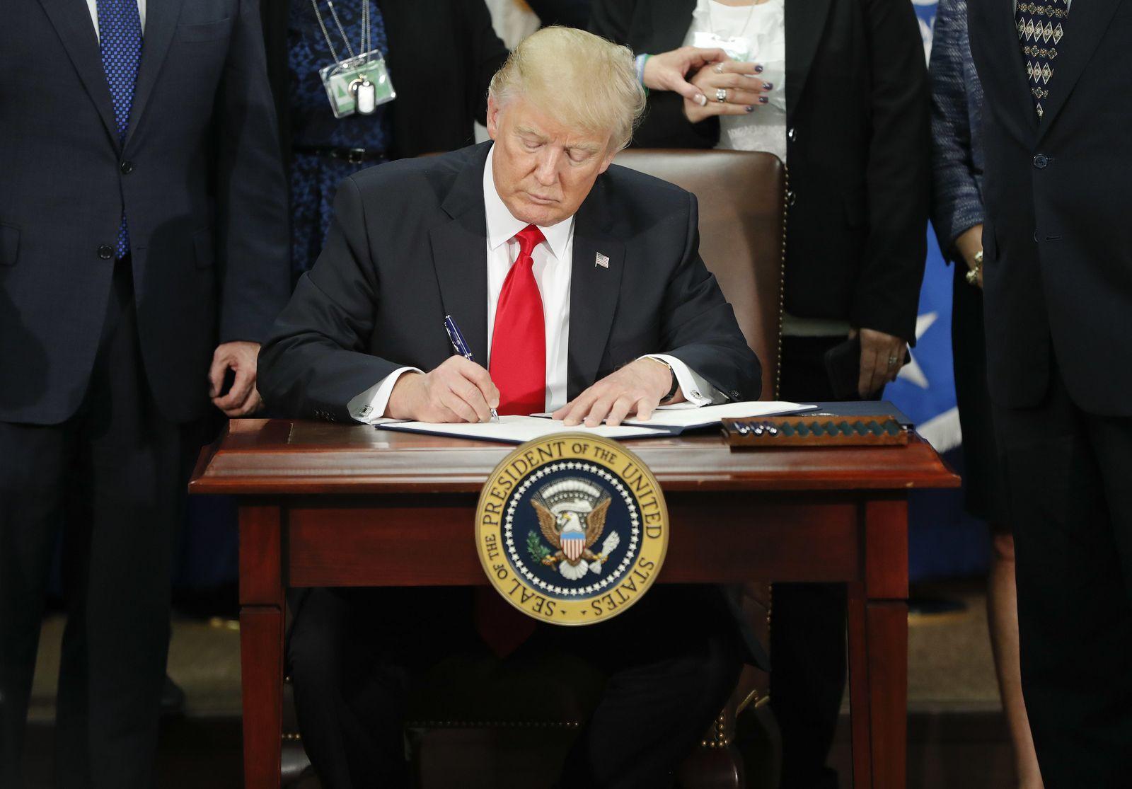 Trump unterzeichnet Dekret